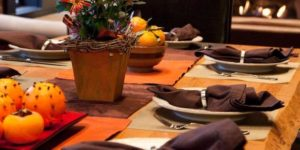 thanksgiving_table_-_2-1